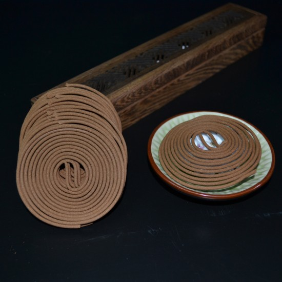 Bee Chin Heong Premium Agarwood Incense Coil   4 H   Qty: 48