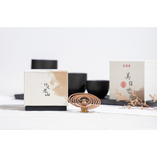 Bee Chin Heong 7 Star India LaoShan Sandalwood Incense Coil | 1.5H | Total Qty: 48